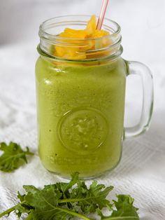 Creamy Kale and Pineapple Smoothie #Vegan #Kale #Pineapple #Smoothie