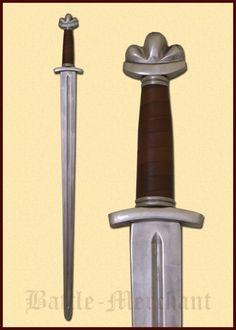 Wikingerschwert, 10.-11. Jahrhundert, für Schaukampf   Sehr schöne voll schaukampftaugliche Rekonstruktion eines sächsisch-wikingischen Schwertes aus dem 10. Jahrhundert. Typisch ist der massive Knauf mit drei Wülsten, eine sehr stabile Klinge, und ein kurzes Parier.   Armourclass ist eine der führenden und renommiertesten Schwertschmieden Großbritanniens. Ihr exzellenter Ruf eilt diesen Schwertern weit voraus. Die Schwerter sind daher extrem begehrt und die Stückzahlen sind sehr begrenzt…