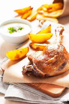 Pieczone udko z kaczki z ziemniakami i sosem na bazie zupy selerowej   lunchboxodkuchni.pl Poultry, Camembert Cheese, Eggs, Lunches, Breakfast, Food, Products, Morning Coffee, Backyard Chickens