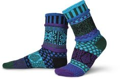 Solmate Lovingly Mismatched Adult Cotton Socks, Blue Spruce, Small Solmate Socks,http://www.amazon.com/dp/B009I48B3W/ref=cm_sw_r_pi_dp_oTEWsb1J6QVVPZGR
