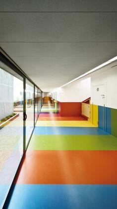 Nursery In The Jardines De Malaga In Barcelona / Batlle i Roig Arquitectes