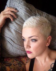 Moderne Frauen aufgepasst! Fabelhafte Pixie Frisuren!