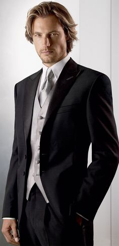 Gentlemen: #Sharp-Dressed #Man, by Mansur Gavriel.