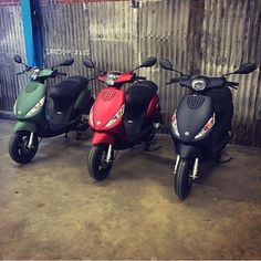 #piaggio #zip #special #custom #scooters #matte #mat #green #red #black