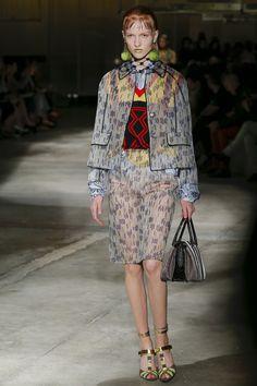 Prada Spring 2016 Ready-to-Wear Collection Photos - Vogue   http://www.vogue.com/fashion-shows/spring-2016-ready-to-wear/prada/slideshow/collection#10
