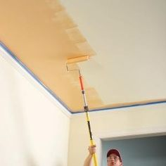 Indoor Painting Tips & Techniques 10 Interior House Painting Tips & Painting Techniques for the Perfect Paint Job House Paint Interior, Interior Paint Colors, Home Interior, Interior Painting, Interior Doors, Bathroom Interior, Kitchen Interior, House Painting Tips, Diy Painting