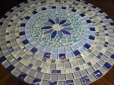 Mosaic Birdbath, Mosaic Garden Art, Mosaic Art, Mosaic Tiles, Mosaics, Tile Crafts, Mosaic Crafts, Mosaic Projects, Mosaic Tile Designs