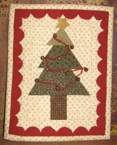 One of 3 holiday mini quilts at JJStitches.com.
