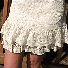 Stunning lace 2 tiered skirt- DELETING Darling fit- a hint of stretch- back exposed zip- love this piece!  Follow me on Instagram @kfab333 for more items😊 Skirts
