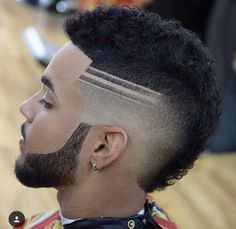 Do not just grow a short beard, rather use it to enhance your personality and manly look. Here are 70 most popular and trendy short beard styles you can try. Cool Hairstyles For Boys, Mens Hairstyles With Beard, Mohawk Hairstyles, Cool Haircuts, Greaser Hairstyle, Mullet Hairstyle, Men's Haircuts, Black Men Haircuts, Black Men Hairstyles