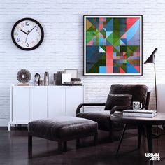 """Ideia de decoração para sala de estar em preto e branco com parede de tijolo aparente e quadro decorativo geométrico abstrato colorido. Compre a arte """"Mosaico 171"""", do artista Alexandre Reis, em nossa loja online ou em nossas Galerias físicas. #vamosespalhararte #decoração #arquitetura #inspiração #interiores #quadros #arte"""