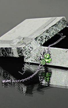 Bracelet with leaf, plated 24k white gold, bransoletka koniczynka