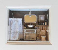 baño de hombre  madera de balsa,porcelana fría,materiales de reciclaje tecnica mixta