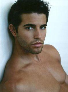 "Redefining the Face Of Beauty : HUNK OF THE WEEK ""Brett Novek"""