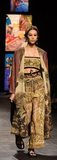 Christian Dior Couture, Fashion Pants, Sari, Pink Sundress, Tulle, Lace, Black, Saree, Saris
