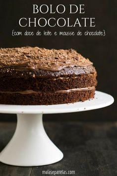 Este bolo de chocolate com doce de leite e mousse de chocolate é simplesmente perfeito! Ele é ótimopara uma ocasião especial, para um encontro de amigos ou mesmo para matar aquela vontade danada d…