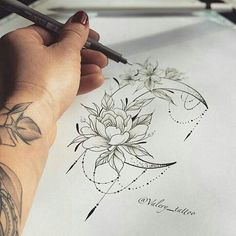Like 45 times, 1 Comments - tattoo overload (Joshua Hansen.overload) on ins . - Tattoos - Tattoo World Trendy Tattoos, Small Tattoos, Tattoos For Women, Cool Tattoos, Neue Tattoos, Body Art Tattoos, Sleeve Tattoos, Tattoo Henna, Tattoo Moon