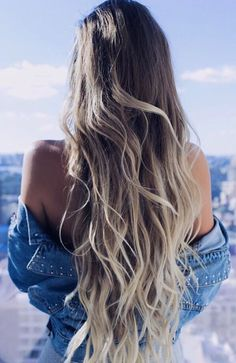 Beautiful long effortless waves created with Ash Blonde Luxy Hair Extensions by @alexcentomo