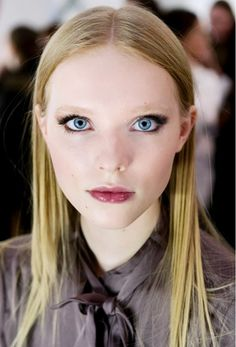 Glossy, wine-colored lips at Dennis Basso F/W '15