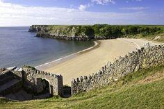 Barafundle Bay in the sunshine © Crown Copyright Visit Wales Pembrokeshire Coast Path, Pembrokeshire Wales, Ireland Beach, Ireland Travel, Travel Uk, Travel List, Travel Guide, Grand Tour, Barafundle Bay