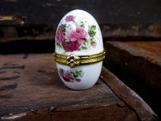 Egg Trinket Box - Vintage Trinket Box - Rose Trinket Box - Easter Egg - Ceramic Trinket Box - Ring Box - Egg Gift Box - Egg Box - Gilt Egg by MissieMooVintageRoom on Etsy