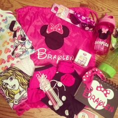 Pre Disney Checklist- Mom, i want a bag like this when we go to Disney...Hint, Hint;) @Candy DeHart