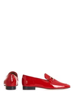 Borrow from the boys with these luxe leather loafers. An on-trend androgynous style, these easy slip-ons are totally wearable with a golden hardware detail, and perfect styled back with tailored trousers.  #Topshop