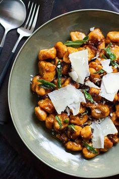 Sweet Potato Gnocchi with Balsamic-Sage Brown Butter | http://saltandwind.com