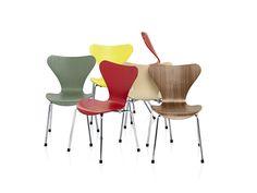 Serie 7 - Arne Jacobsen 1955 - Steel, laminated wood