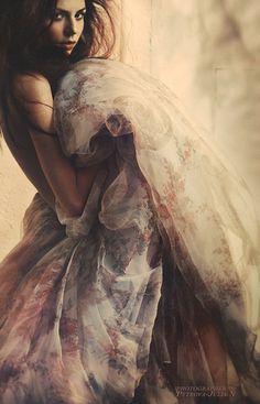 Feminine beauty Art fashion photography Baroque (Lisa) - Petrova Julian photographer.