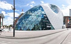 The Blob in Eindhoven - Architecture - Holland.com