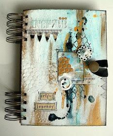 Well, finally I made it and dived into art journalling! It took me quite a while to find the appropriate approach for me without feeling tha...