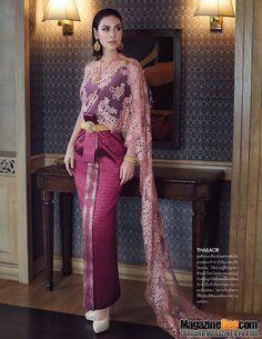 Bloggang.com : ลูกโป่งลอยฟ้า_ชิงช้าสวรรค์ : แมท ภีรนีย์ คงไทย สวยหวาน งดงาม ในชุดไทย