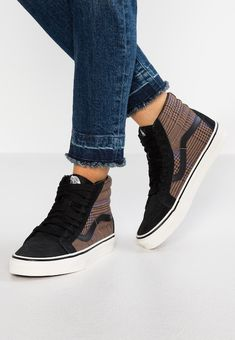 64 Best Nike Trainers images | Nike trainers, High top vans