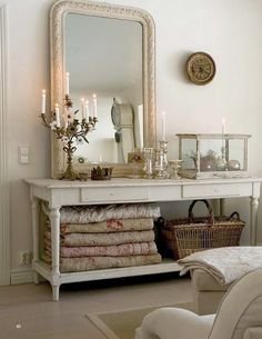 Guest Room - Just lovely !! Love the mirror, candlesticks, basket and most of all Quilts....