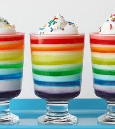 Recetas para niños: Gelatina de colores para una fiesta infantil