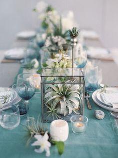 Gedeck Teal Tisch Deko Pflanze