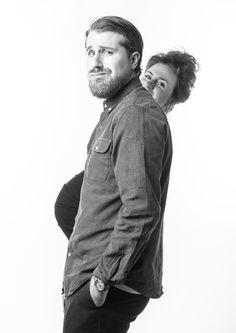 Gravid fotografering hos kvindelig fotograf i spændende fotostudie centralt i København