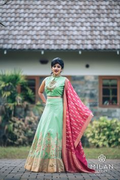 Milan is the ultimate choice for the fashionista in you. Milan offers a wide variety of Designer, Bridal & Wedding Sarees Online Kochi, Kerala, India. Bridal Silk Saree, Saree Wedding, Lehenga Crop Top, Wedding Sarees Online, Blouse Models, Cinderella Dresses, Lehenga Designs, Party Wear Sarees, Nice Dresses