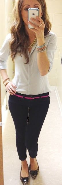 Skinny jeans in black with white button up. Color belt and rad flats.