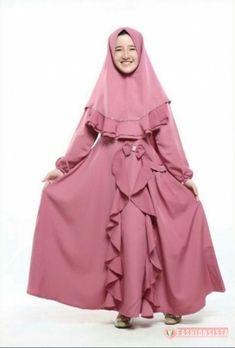 Stylish Kurtis Design, Baby Girl Dress Design, Pita, Dusty Pink, Muslim, Designer Dresses, Fashion Models, Girls Dresses, Iphone