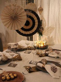 Silvestertable - tafelfein - Feines & Accessoires #silvester #tischdeko #tablesetting #newyearseve #newyear #dekoration #tabledecoration #tafelfein