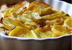Kétségtelen, hogy a klasszikus, olajban sült krumpli is nagyon finom, de most lendüljünk rajta túl, és próbáljunk ki más burgonyás köreteket: hoztunk hozzá néhány ötletet!