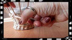 How to Make a Basket from  Newspaper   DIY Návod na pletené  z papíru Ce...