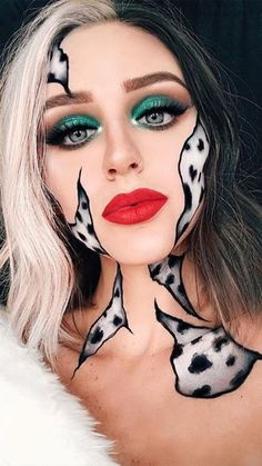 Cruella-inspiriertes Halloween-Make-up . - Cruella-inspiriertes Halloween-Make-up … IG: sadieshill – - Looks Halloween, Cute Halloween Makeup, Halloween Eyes, Easy Halloween, Cool Halloween Costumes, Halloween Christmas, Halloween Character Ideas, Halloween Makeup Unicorn, Costume Make Up