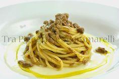 Spaghetti con ragù di anatra in bianco all'Armagnac e ginepro, con crema di patate al parmigiano | Tra pignatte e sgommarelli