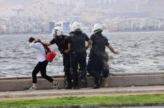 In Izmir the police forces are using brutal force on the demonstrators. 2.6.2013