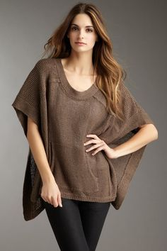 BCBGMAXAZRIA  Rodnee Kangaroo Pocket Sweater