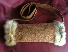 Leder und KaninchenFell Muff. Unikat! von Cerrita Corium auf DaWanda.com