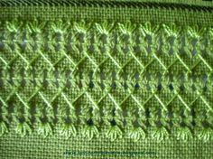 Overlay stripe for painted canvas areas Swedish Embroidery, Hardanger Embroidery, Embroidery Stitches, Hand Embroidery, Embroidery Designs, Drawn Thread, Thread Work, Chicken Scratch, Bargello